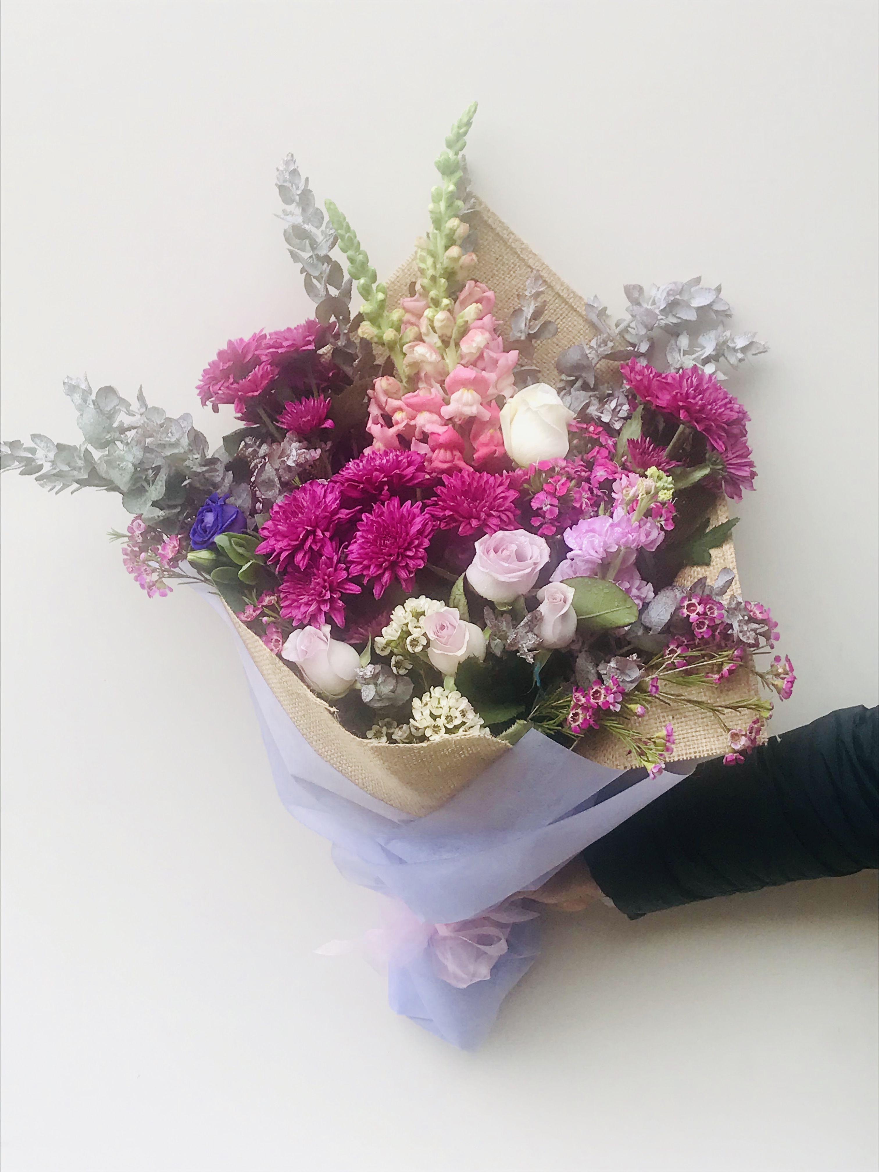 Get the freshest flowers delivered in Melbourne. Same day