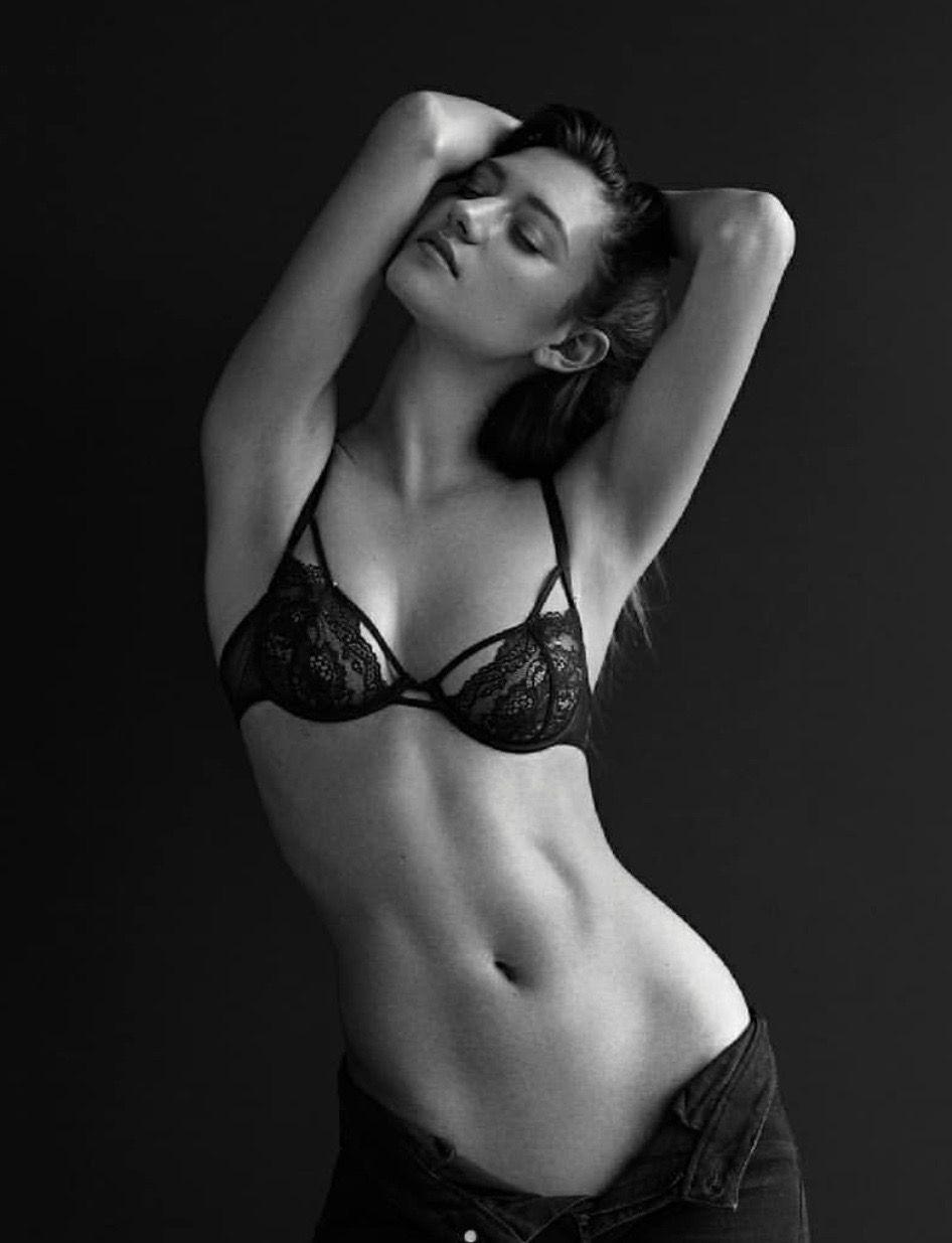 Lori mckenzie sexy topless photos new images