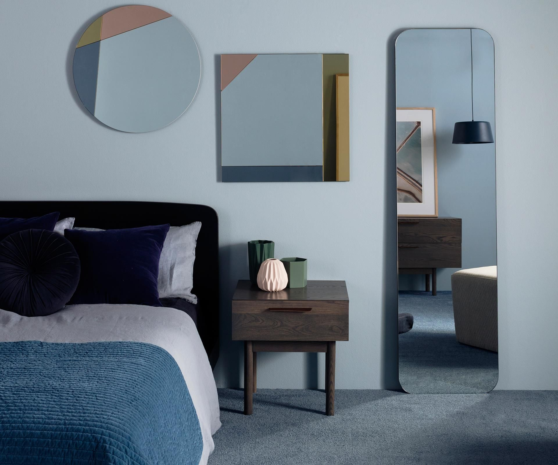 If you want to decorate like a pro, it's time to take a look in the mirror.