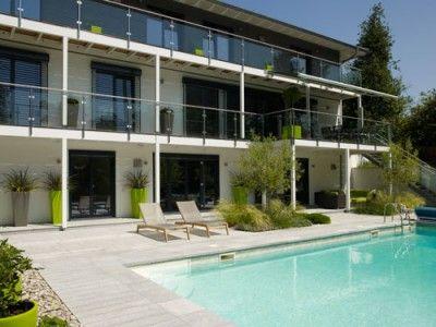 Landhaus Bond - Designer-Villa Mit Balkon Und Garage Von Baufritz