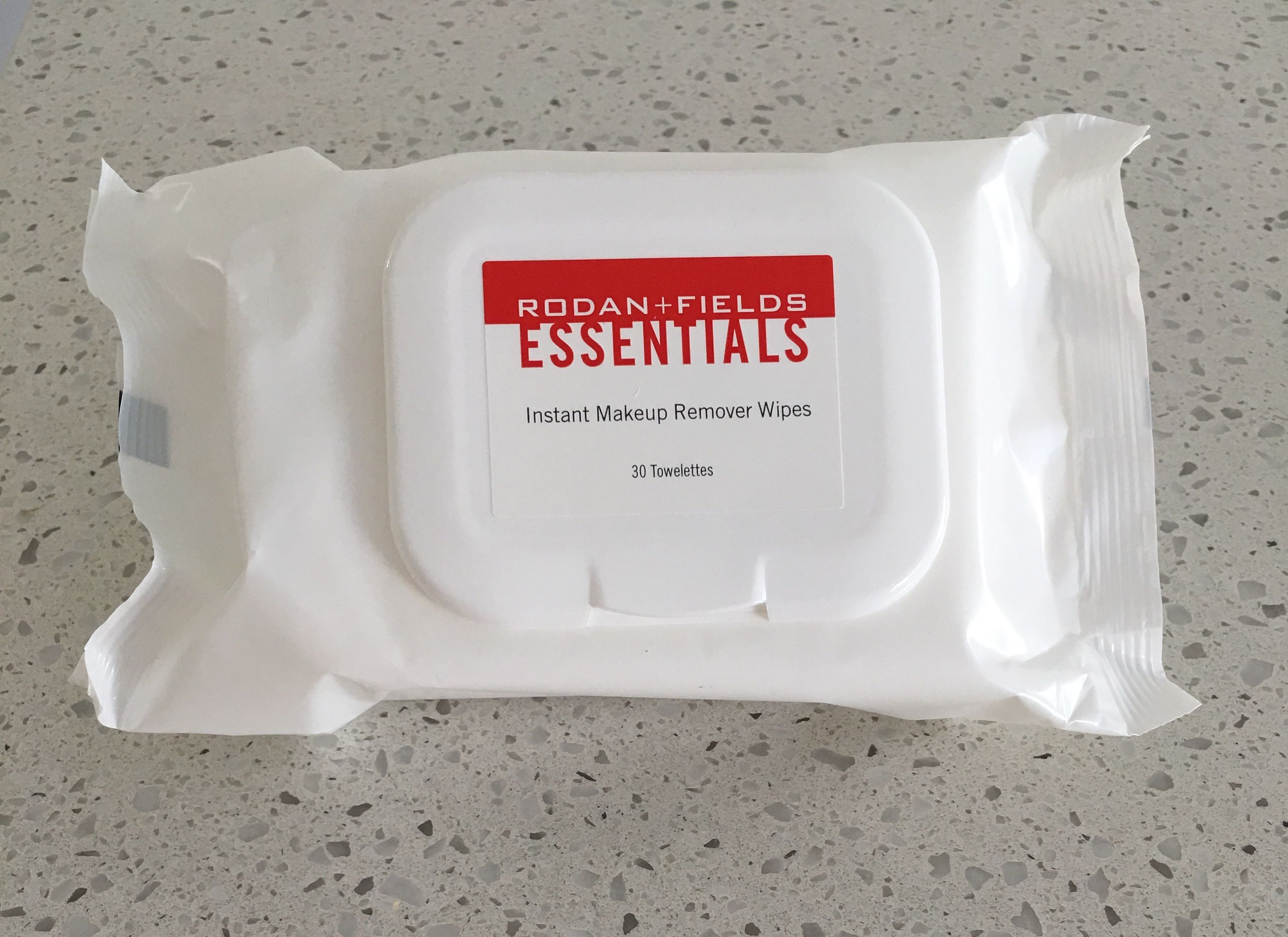 Rodan+Fields Instant Makeup Remover Wipes prepare your