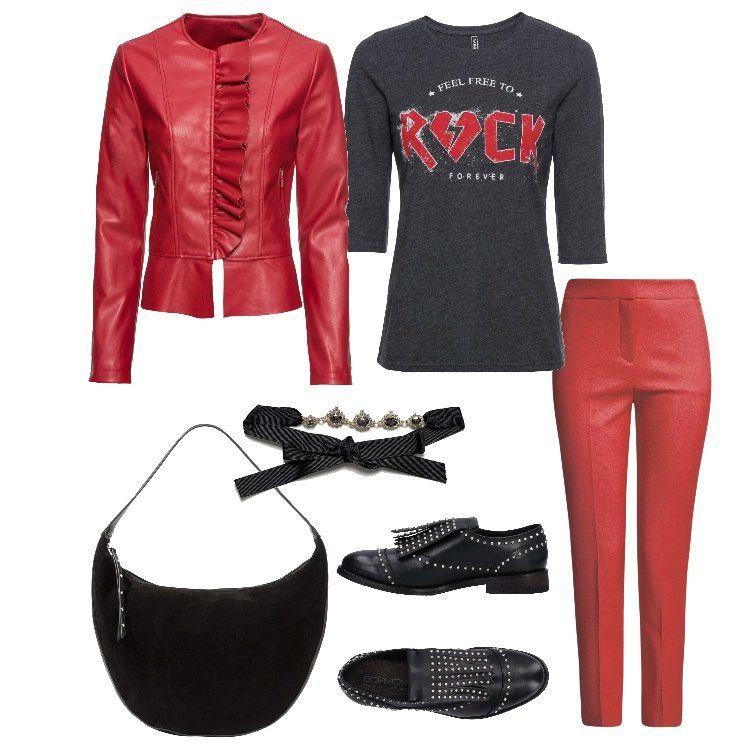Ispirazione rock per questo outfit composto da pantalone e