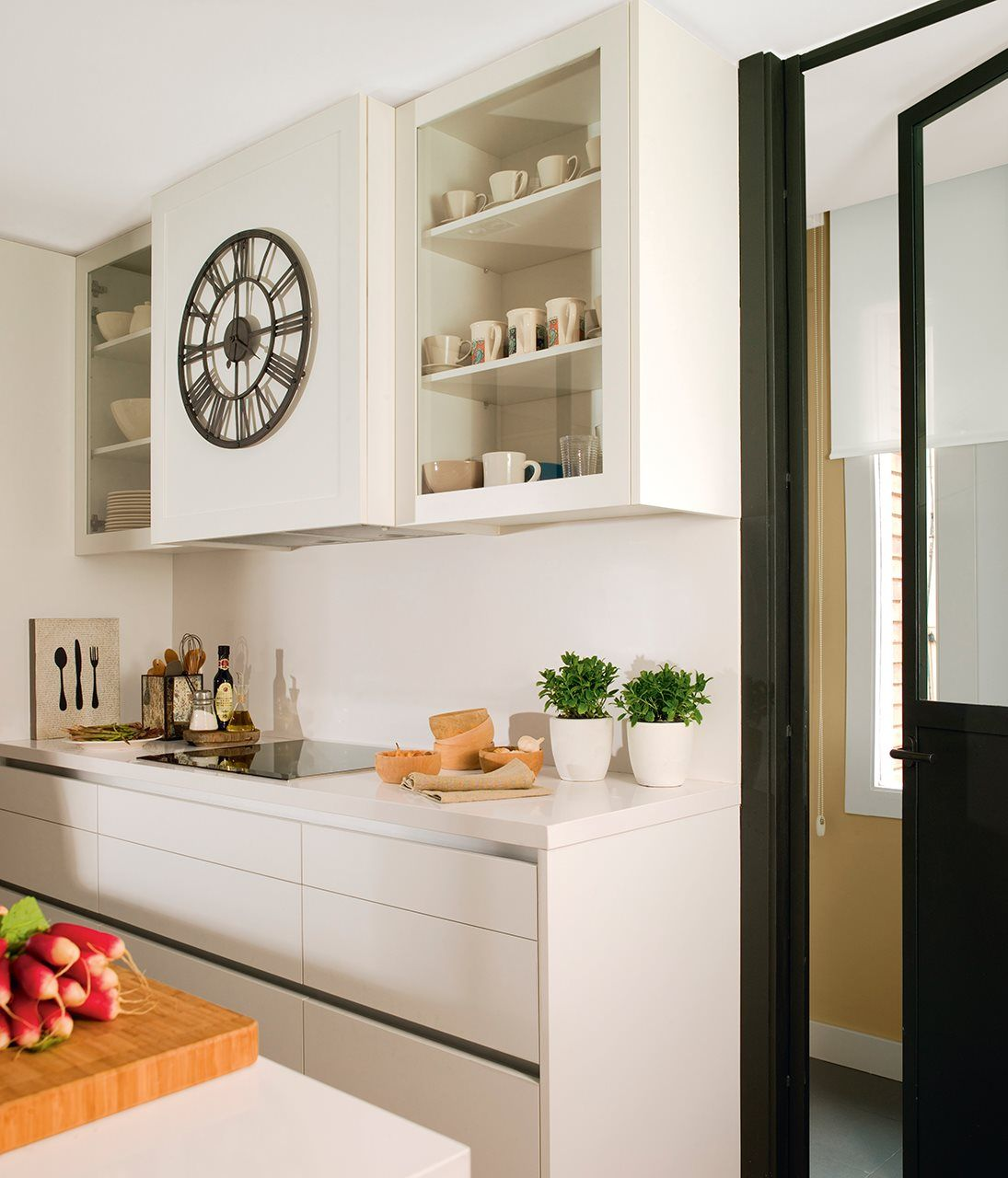 En la cocina.  Intérieur industriel moderne, Placard cuisine