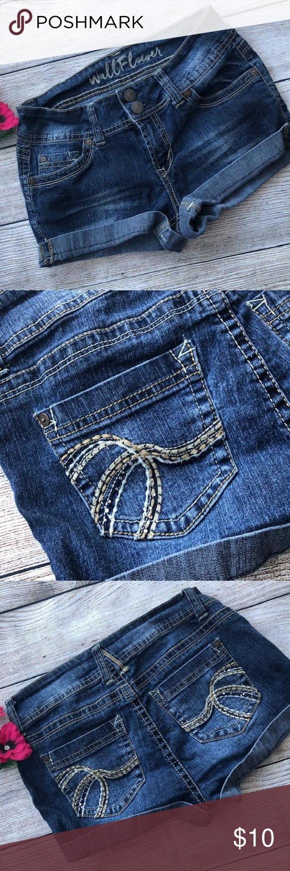 Wallflower Jean Shorts Size 3 Juniors in 2020 Wallflower