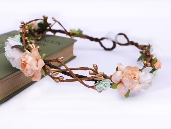 Mint and Peach Rose and Gold Pip Berry Halo 9f9525bd708