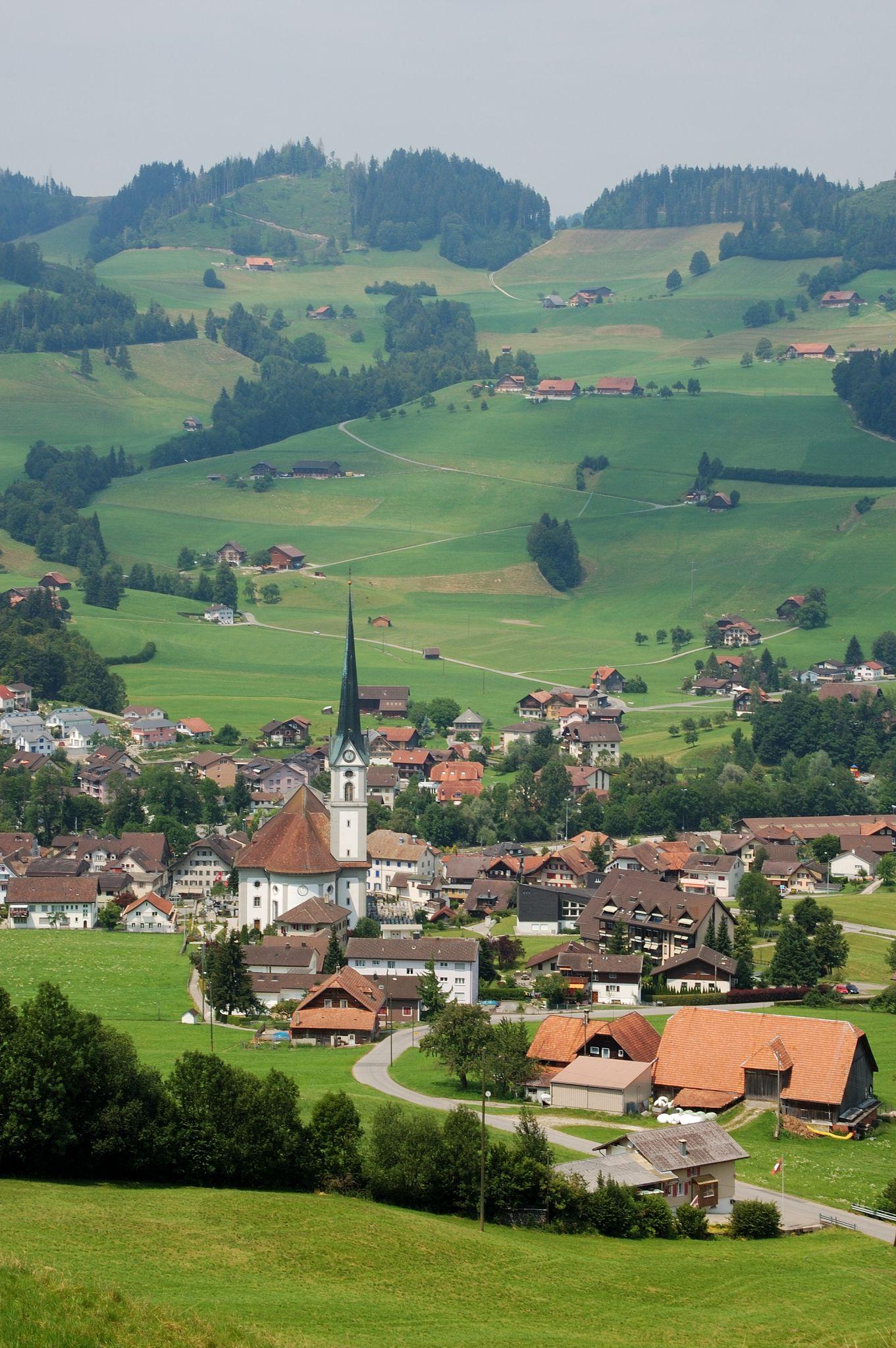 Entlebuch, Switzerland....felt like I stepped into 'The Sound of Music'
