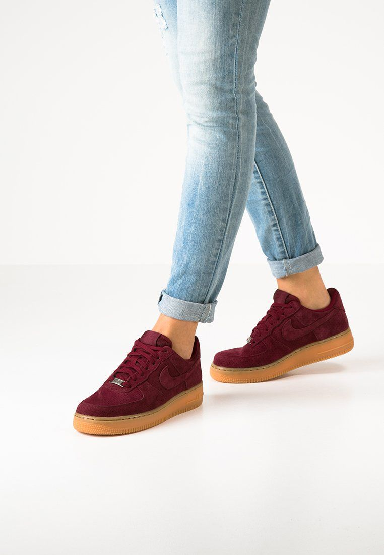 Nike Sportswear Air Force 1 07 Baskets Basses Deep Garnet Zalando Fr Nike Shoes Women Nike Women Nike Sportswear