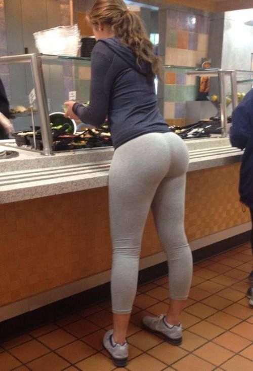 Hot butts in yoga pants