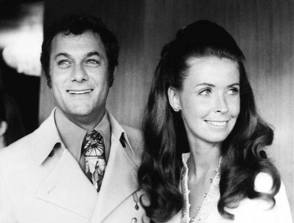 Tony Curtis And Wife Christine Kaufman Tony Curtis Tony Curtis