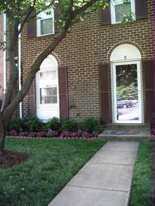 Before And After Townhouse Landscaping Here Are Some Before And