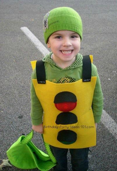 Traffic light halloween pinterest traffic light costumes share homemade construction costume ideas via photos of your homemade creations solutioingenieria Image collections