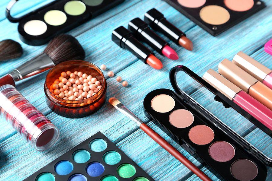 Das richtige Make-up für eine Hochzeitsfeier