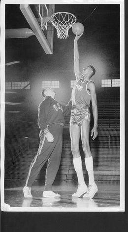 Wilt Chamberlain Nba Legends Basketball Legends Football And Basketball