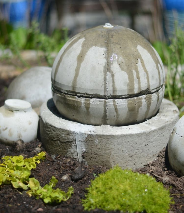 Beton Kugel Für Einen Springbrunnen | Beton | Pinterest | Selber ... 20 Ideen Fur Gartenbrunnen