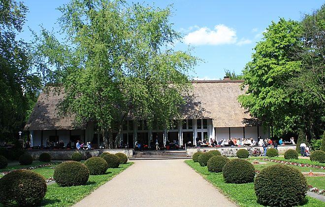 Great Hochzeitslocation Brandenburg Berlin am See mit sch ner Dorfkirche gegen ber Garten gro er Festsaal Scheune individuelle bernachtungsm glichkeiten