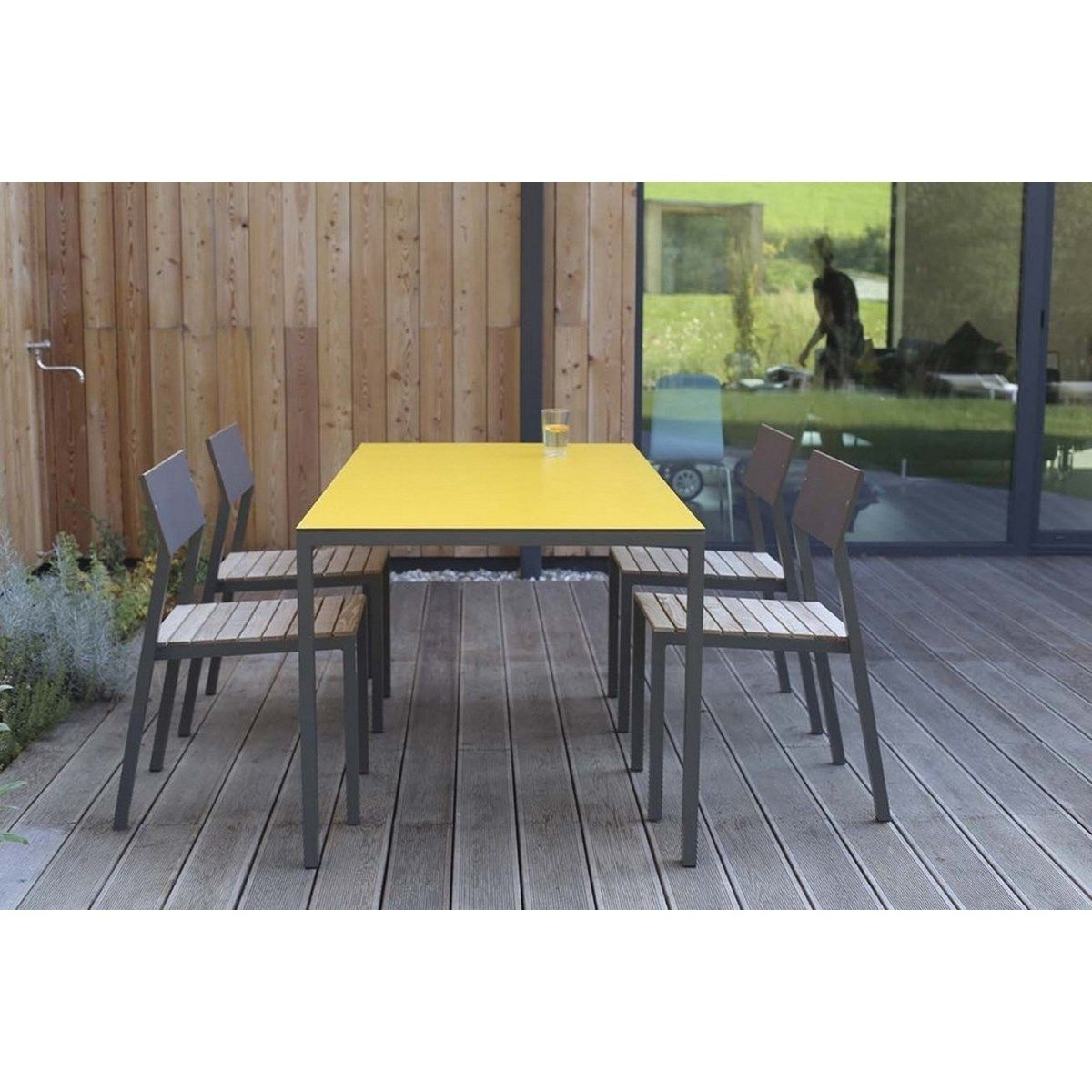 Salon De Jardin Jaune Salon De Jardin Cora Table Rectangle Plateau Hpl Jaune Et 4