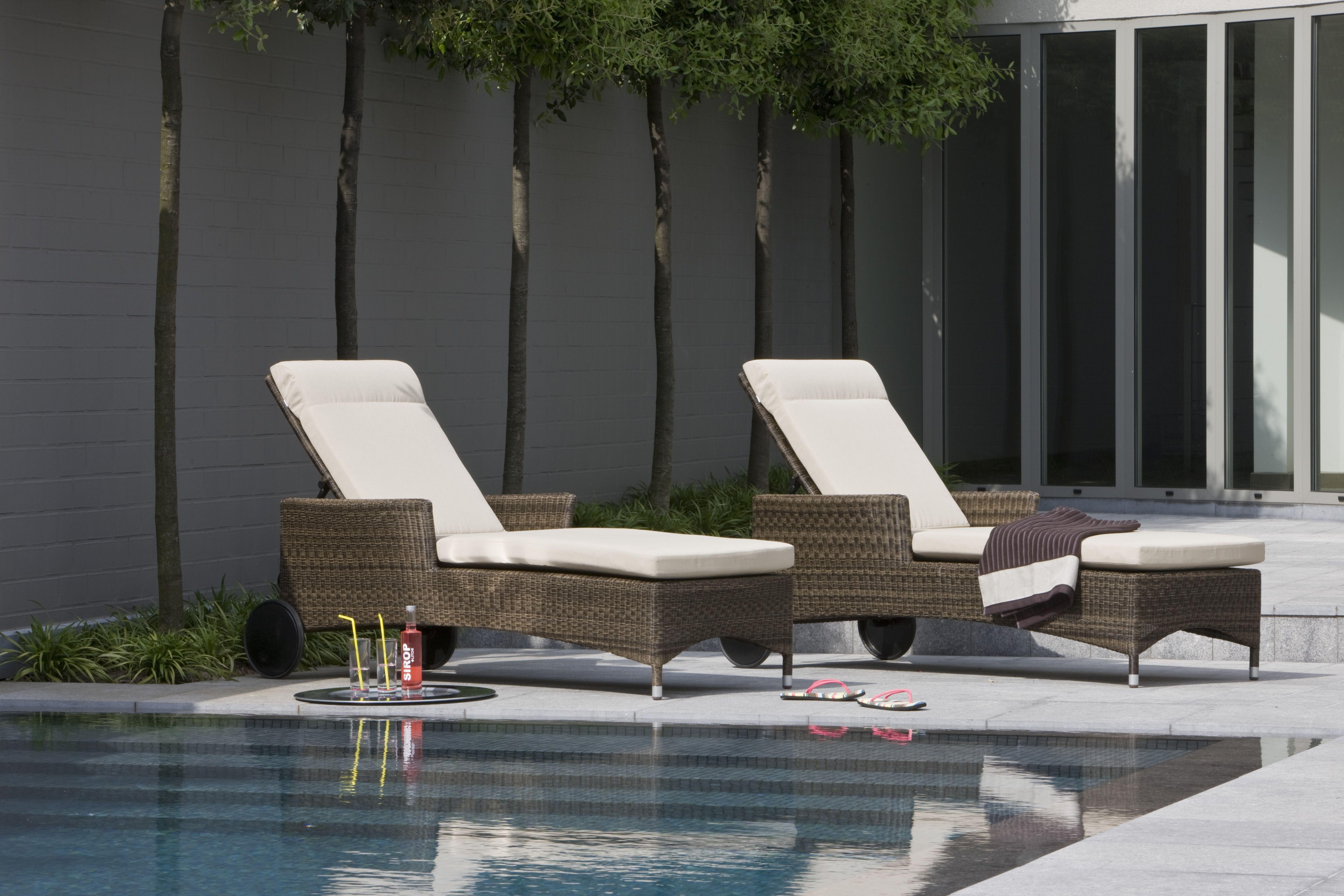 Chaise Longue De Jardin En Resine Couleur Poivre Atoll Chaise Longue Jardin Chaise Longue Chaise
