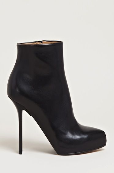 Maison Martin Margiela: The Best Ankle Boots for Winter