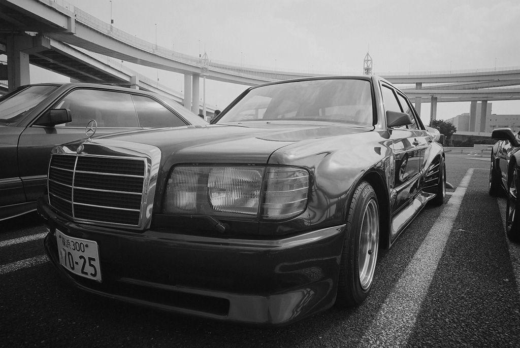"""Mercedes """"1000SEL"""" @ Daikokufuto PA"""