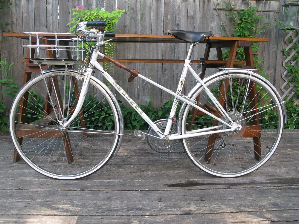 Vintage Peugeot Record De Monde Randonneur Mixte Bicycle In 2020 Peugeot Randonneur Bicycle