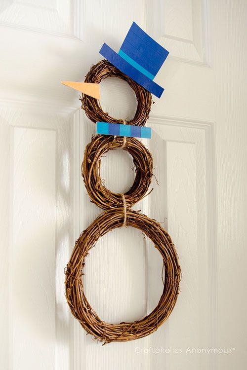 DIY Snowman Door Decoration  #Christmas #Wreath