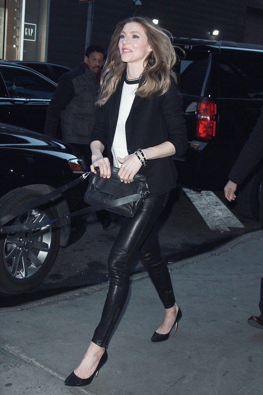 Sarah chalke jeans