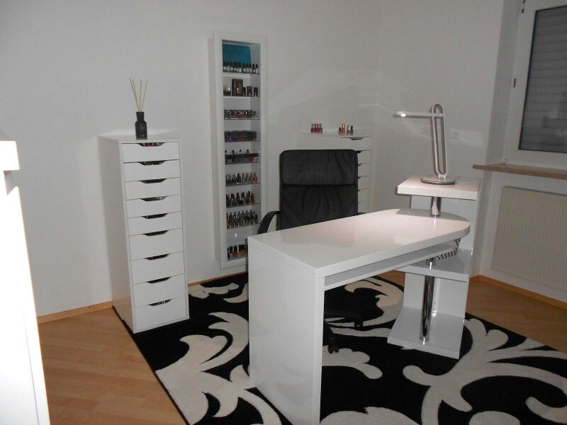 Possible Ideas For Nail Salon Desk Room Home Station
