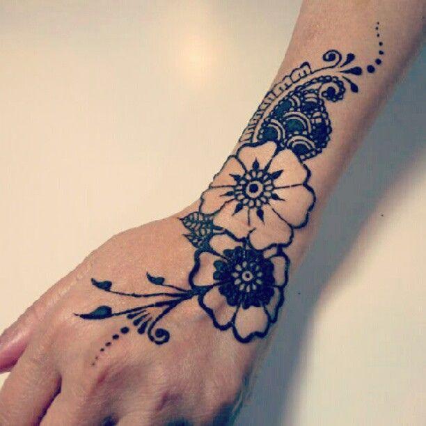 Henna Flower Tattoos: #henna #mehndi #tattoo #bodyart #india #paisley #peacock