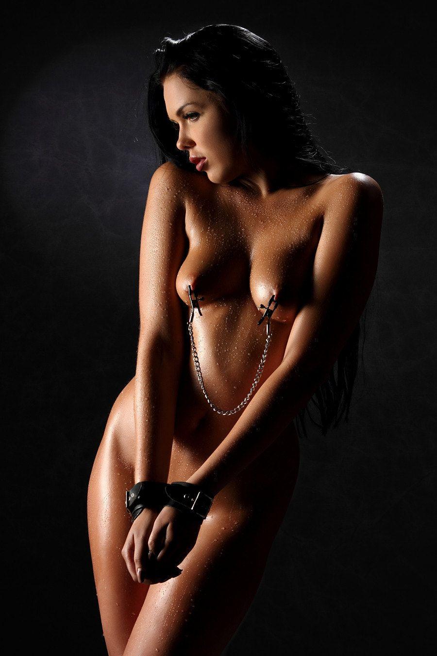Nude art on nippal with