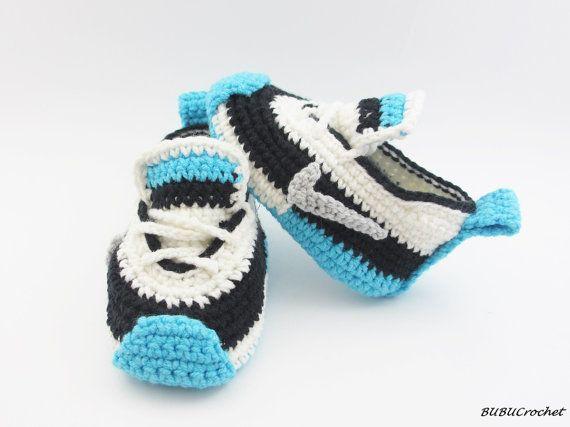Crochet baby sneakers, Crochet Baby Shoes, Crochet Baby Booties ...