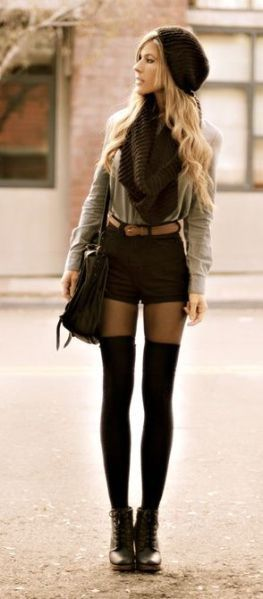 3e3f4cb96 How 20 Fashion Girls Wear Knee-High Socks