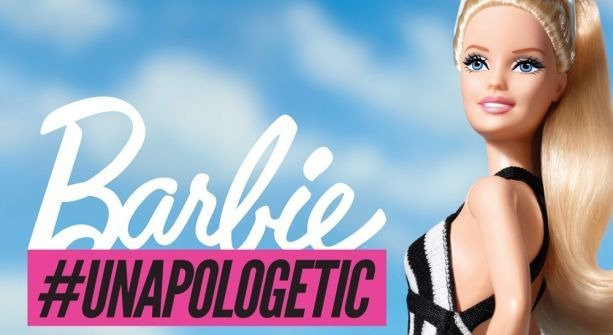Barbie en traje de baño, crea polémica