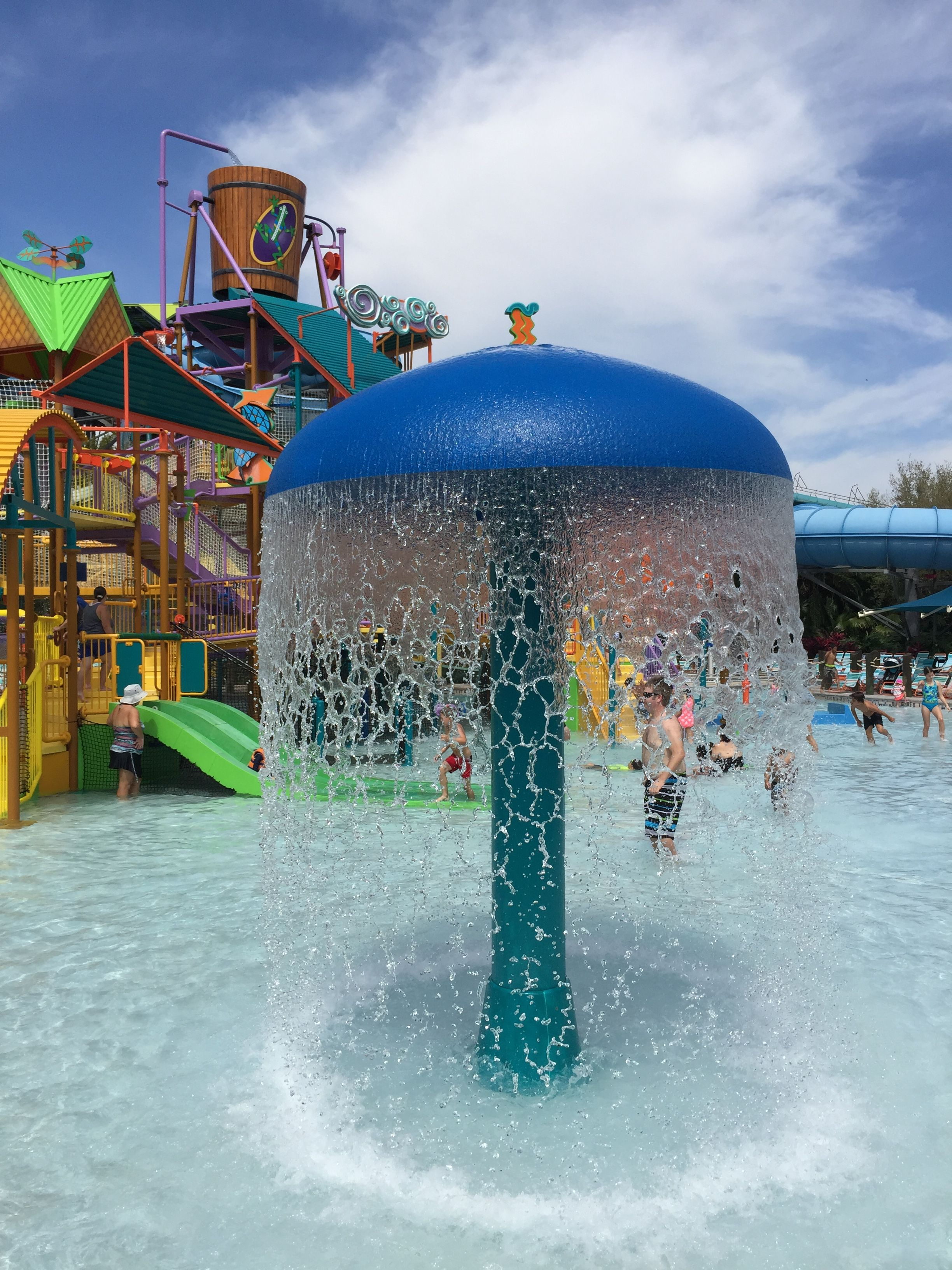 Walkabout Waters At Aquatica Is The Best Play Area For Kids Families Find Lots Of Shaded Seating And Severa Happiest Place On Earth Aquatica Orlando Walkabout