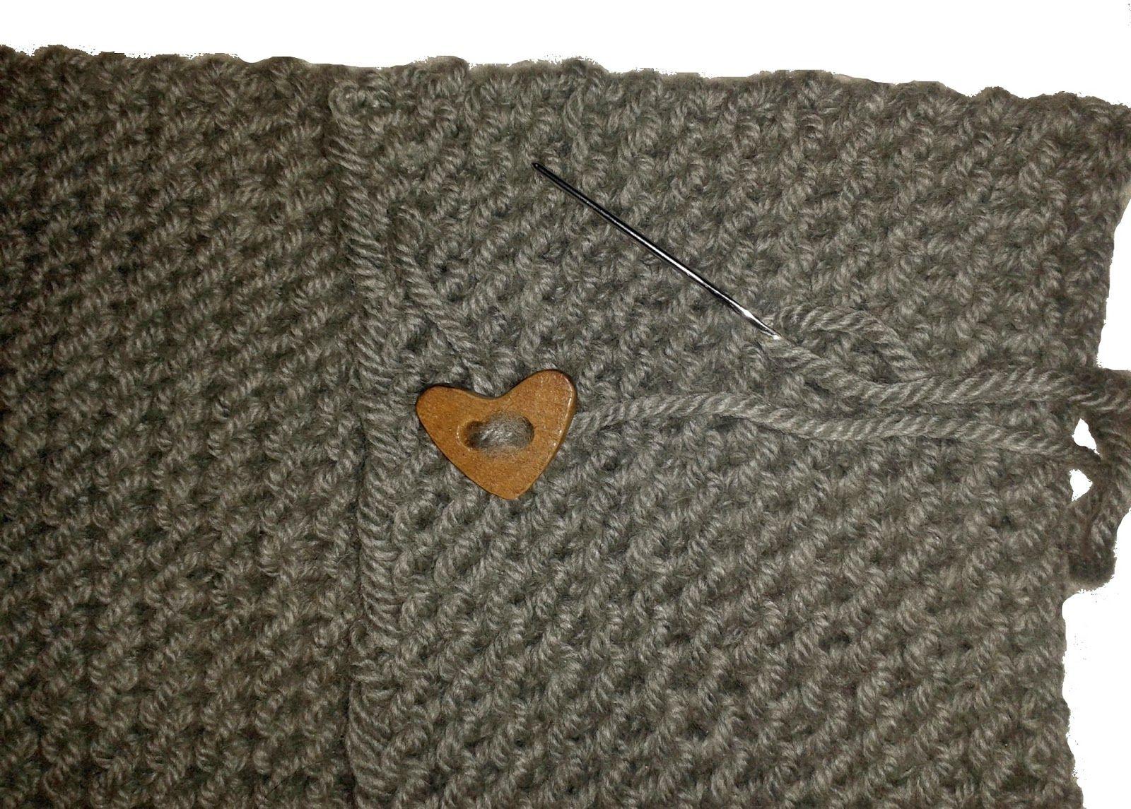 DIY Bufanda de lana cerrada con botones  44fca769c61
