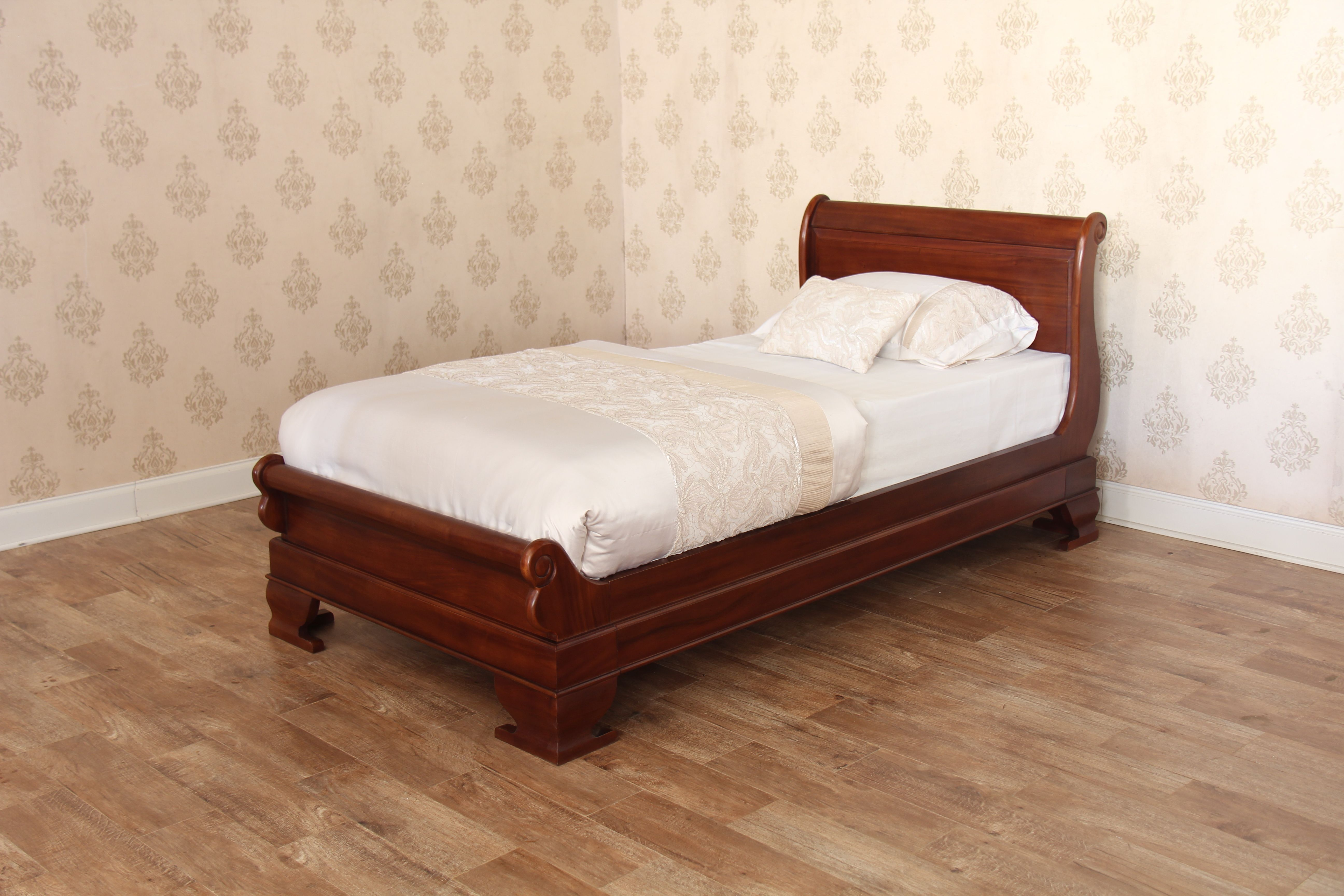 Best Mahogany Single Sleigh Bed Low Footboard Bed Sleigh 640 x 480