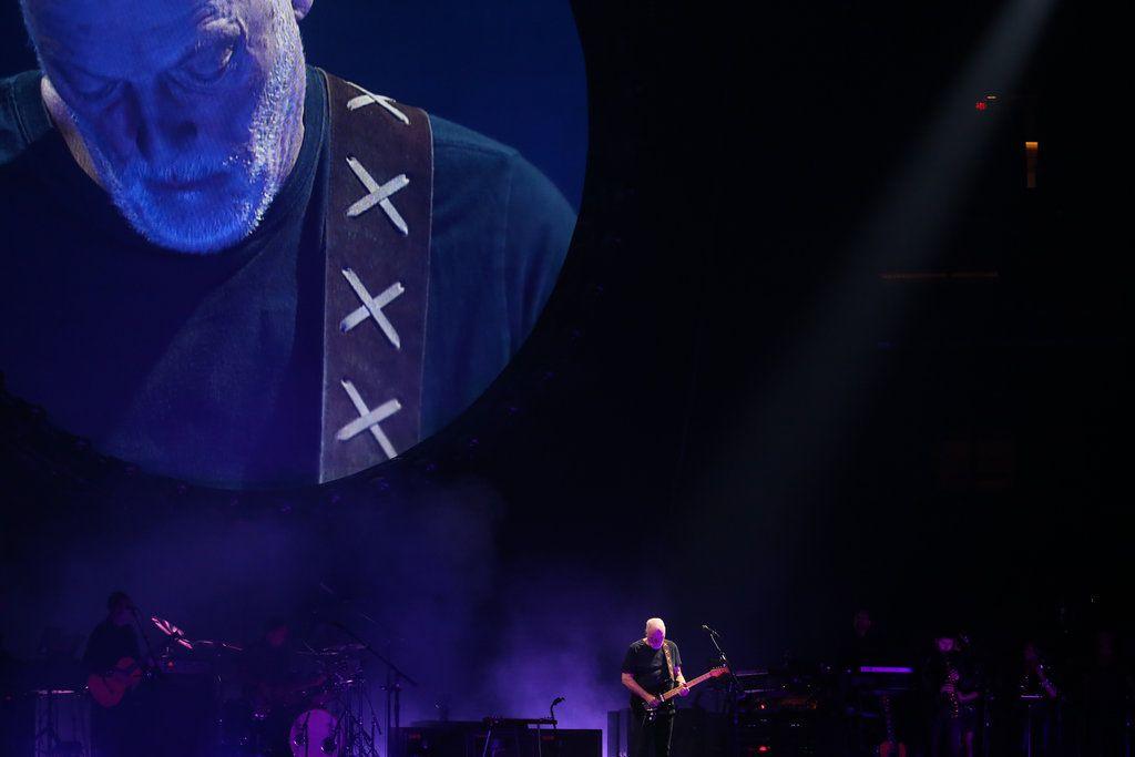 Review David Gilmour Lays Claim To Pink Floyd Memories Pink Floyd