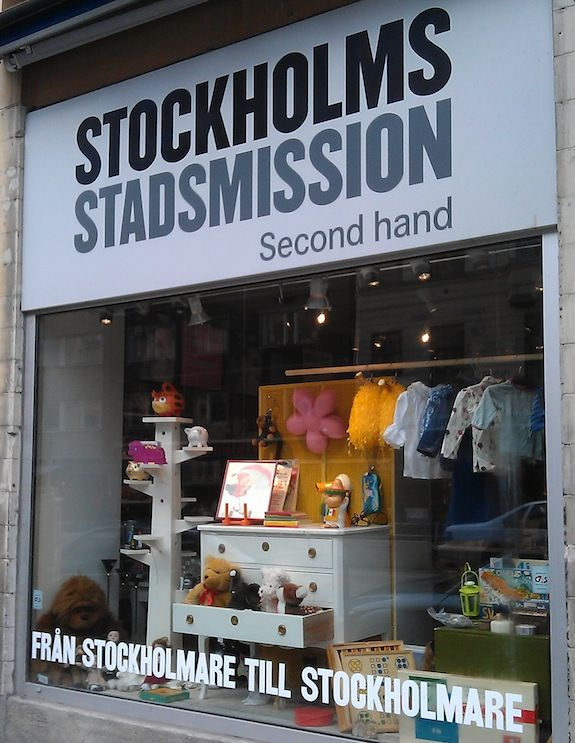 Stockholm Stadsmission Charity Shop Charity Shop Display Ideas Second Hand Shop Shop Interior Design