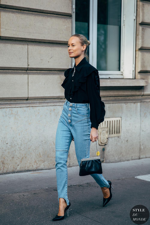 Paris SS 2020 Street Style: Thora Valdimarsdottir and Erika Boldrin - STYLE DU MONDE | Street Style Street Fashion Photos Thora Valdimarsdottir and Erika Boldrin 1