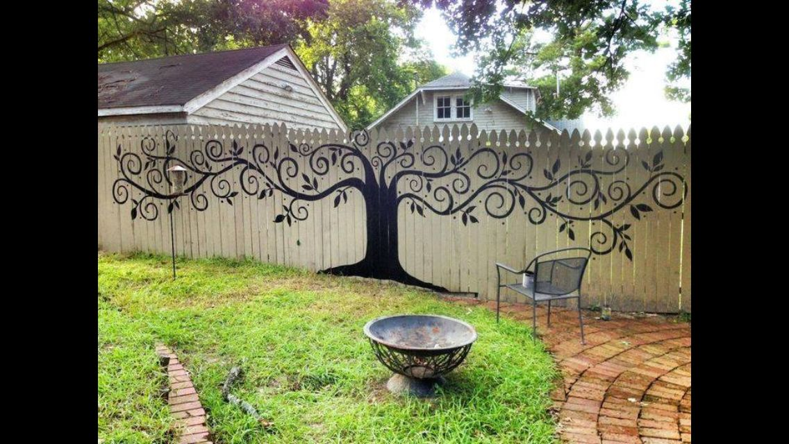 Fence Decor Awesome Painted Fence Idea Can Hang Bird Houses On
