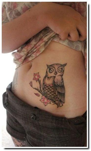 tatouage femme bas du ventre hibou tatouage animaux tattoos owl tattoo design et tattoo designs. Black Bedroom Furniture Sets. Home Design Ideas