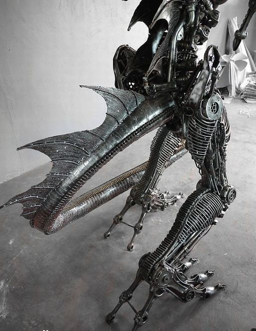 Giant steampunk dragon made from recycled auto parts | Recyclart
