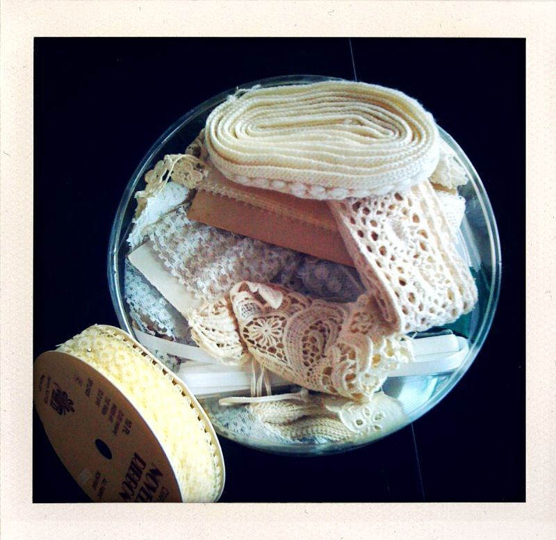 DIY - Using bits of old lace and ribbon to make Fancy Crafty Shakers