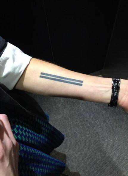 Best Tattoo Geometric Lines Arm Henna Ideas Simple Arm Tattoos Arm Tattoos Simple Wrist Tattoos