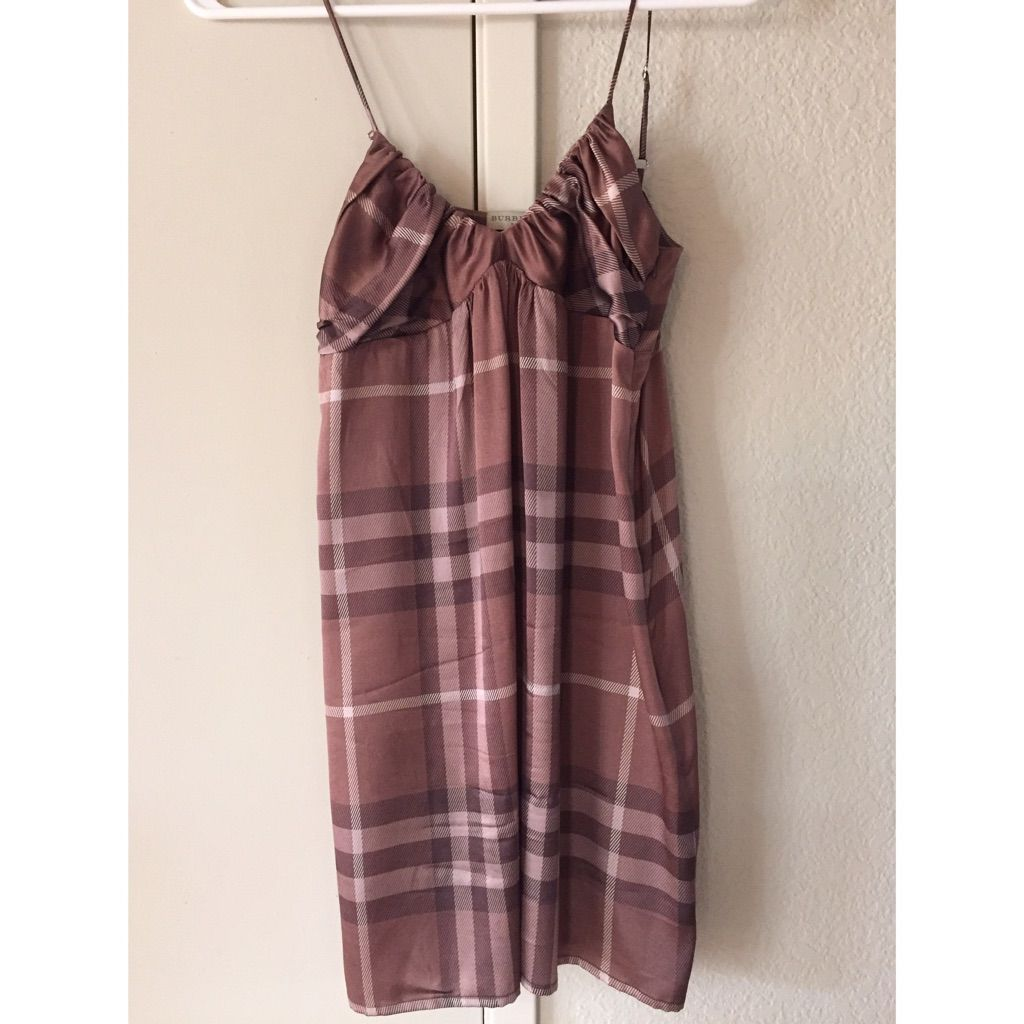 Burberry night gown xs night gown and products
