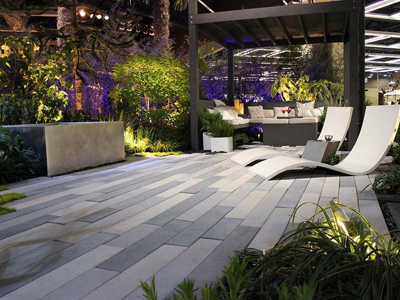 loved this hardscape especially the rectangular pavers