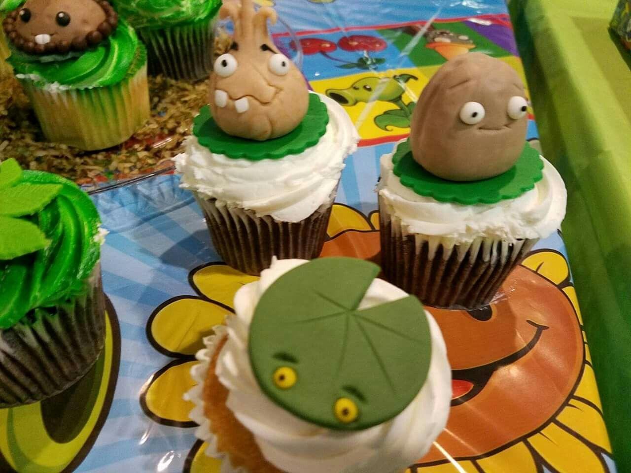 Zombies vs plants cupcakes