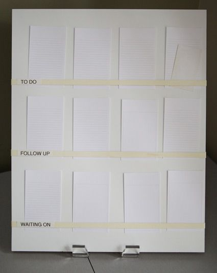 Awesome DIY visual to do list (board, rubber bands, notecards