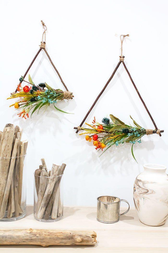Photo of DIY Twig Triangle Wreaths – A Pretty Fix