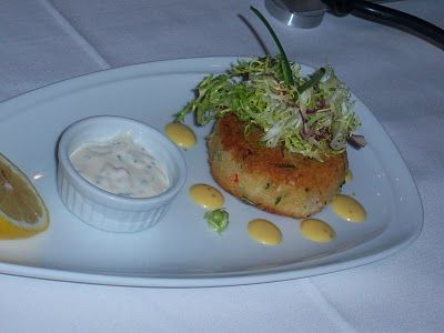 What's Cookin' Italian Style Cuisine: Italian Crab and Shrimp Cake Appetizer