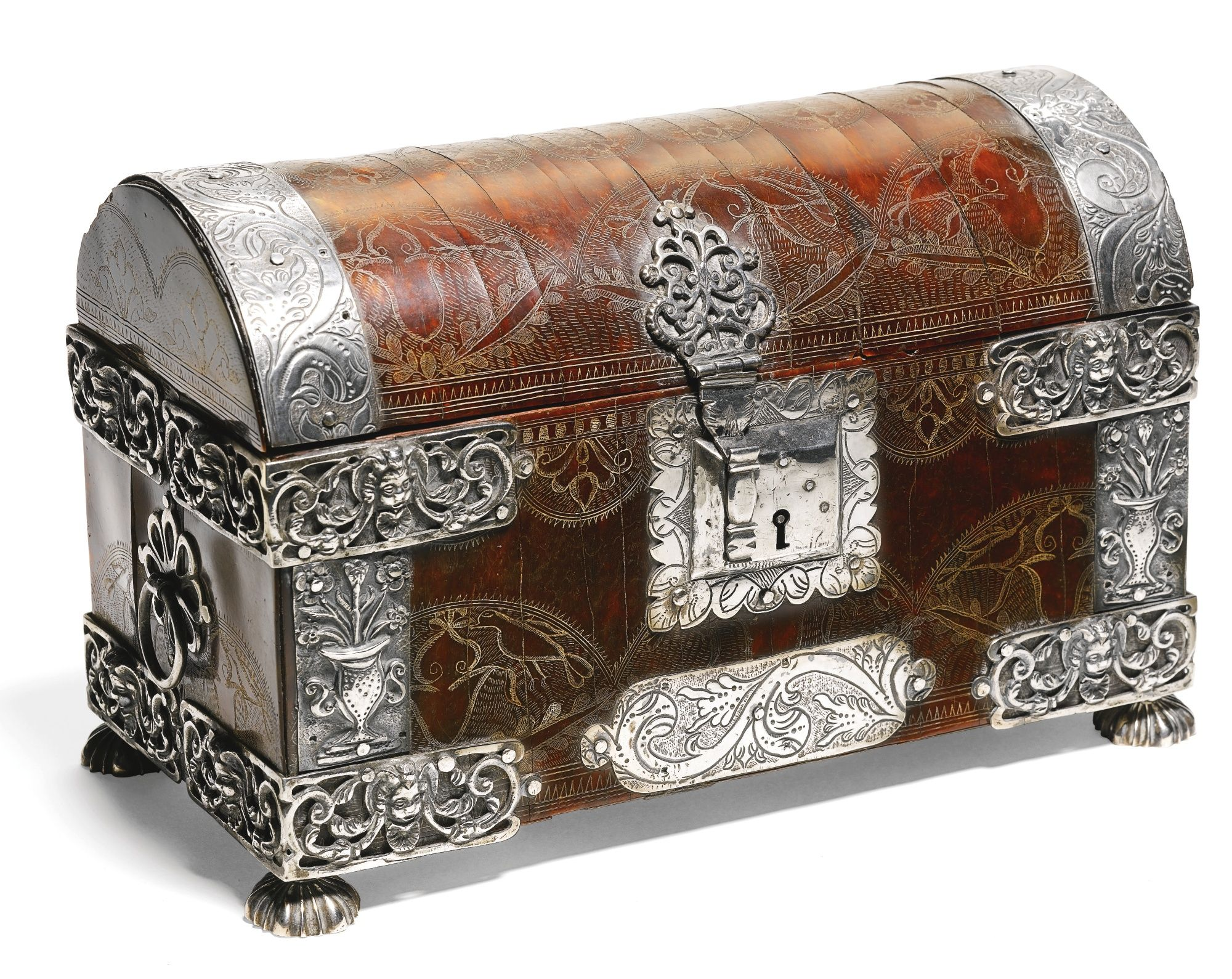 Spanish or Dutch Colonial, circa 1700 CASKET tortoiseshell, around a wood core, with silver mounts